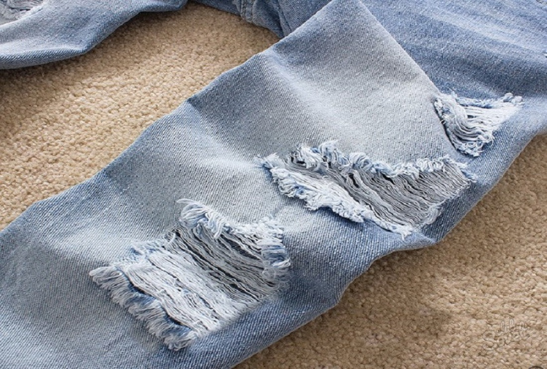 потёртости на джинсе